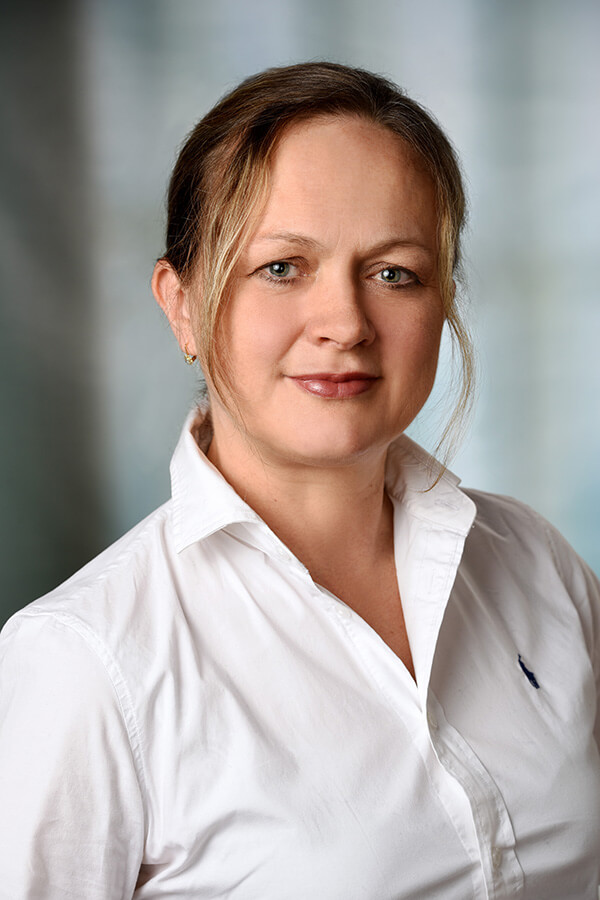 Team Zahnarztpraxis Kashi (Hamburg) - Frau Kashi